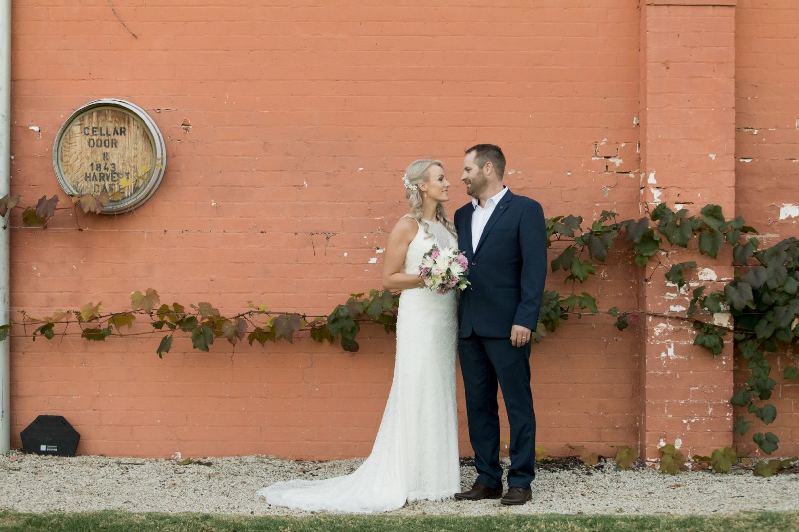 ben ean pokolbin hunter valley wedding photographer SJb013