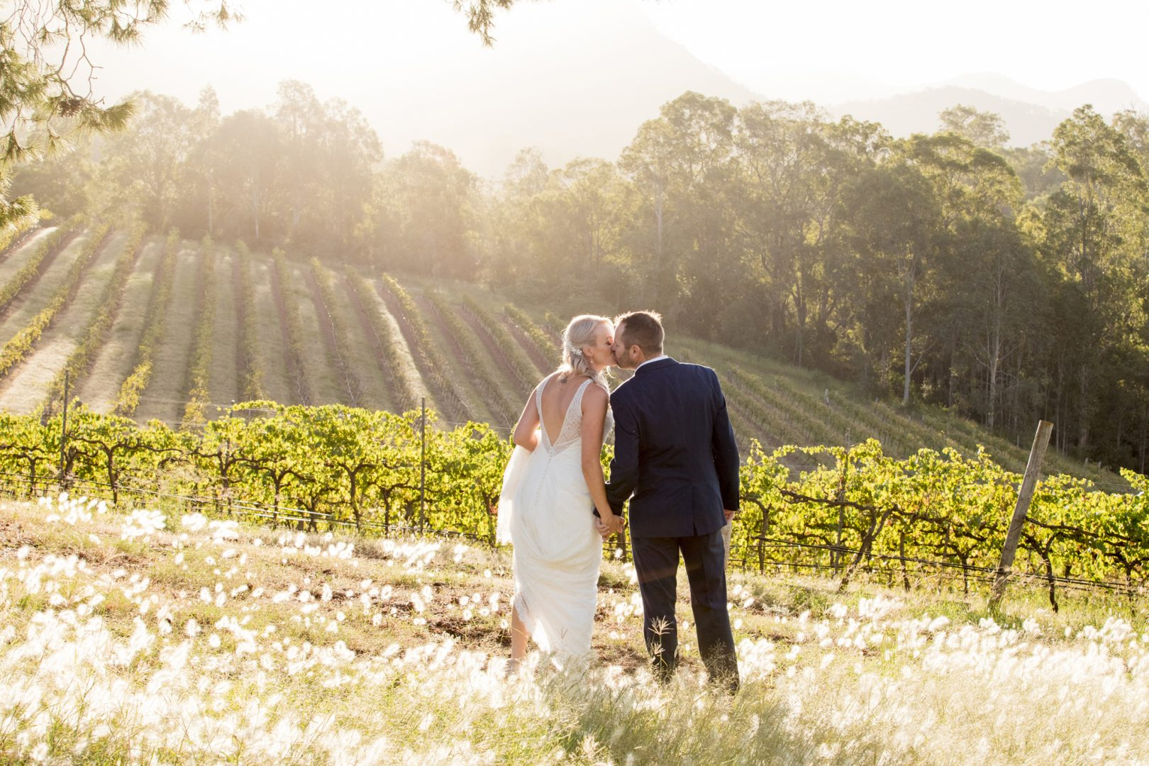 ben ean pokolbin hunter valley wedding photographer SJb035