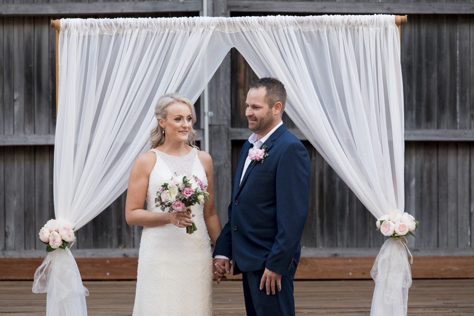 ben ean pokolbin hunter valley wedding photographer SJb090